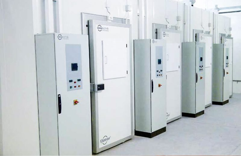 Fitotron CGR Walk-in High-Light Intensity Plant Growth Rooms